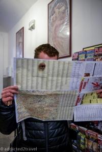 Nasze pożyczone mapy są już trochę wysłużone i po przejściach ;)