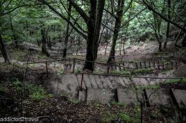 schody do Twierdzy Drakuli (Poienari)